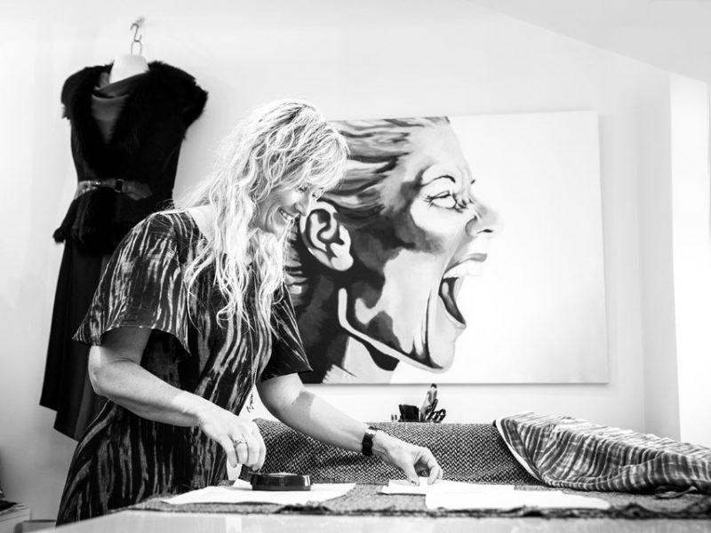 Fotograf Ann laver erhvervopgaver der passer til dig og din virksomhed. Vi sørger for du får dit budkab ud igennem dine billeder.