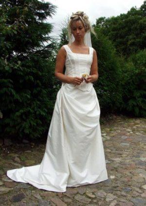 Rokoko brudekjole i silke