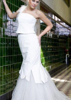 Rå skind brudekjole