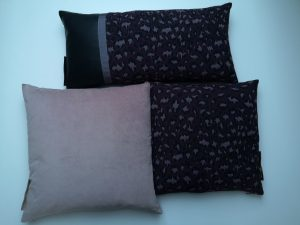 3 puder lyserød og aubergine og skind