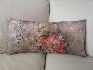 multifarvet Blomstret velour pude