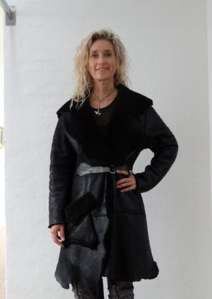 Lækker rå lammeskinds frakke
