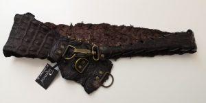 brun krokodilleskinds bælte