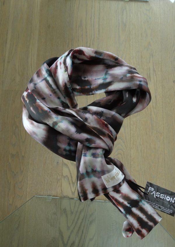 Kunstnerisk akvarel silketørklæde