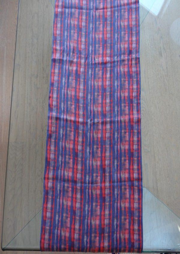 Sandvasket silketørklæde i blå og rød