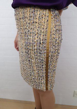 Bouclé nederdel i lilla og karry