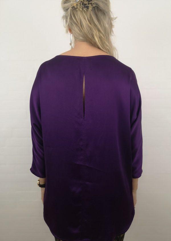 Lilla stretch silke bluse