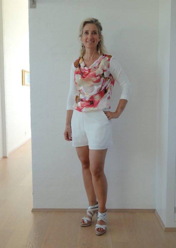 Råhvide shorts med lommer