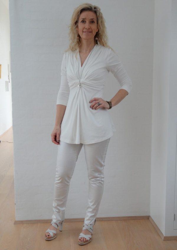 Råhvide bukser med strib