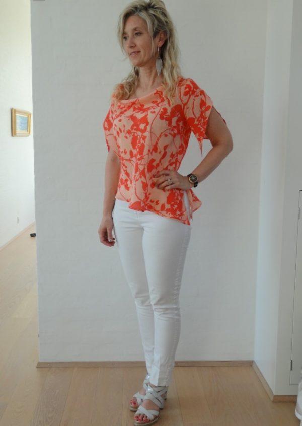 Silke bluse i nude og orange