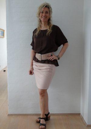 Nude nederdel med draperinger