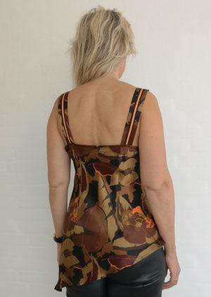 Brun asymetrisk silketop med vandfald