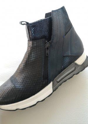 Smarte Fonnesberg støvler i dyb blå