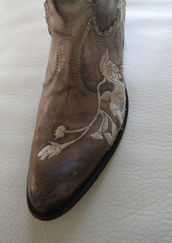 Fonnesberg cowboystøvler med broderi