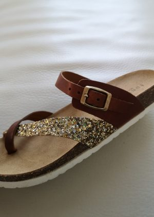 Fonnesberg sandaler med guld glimmer