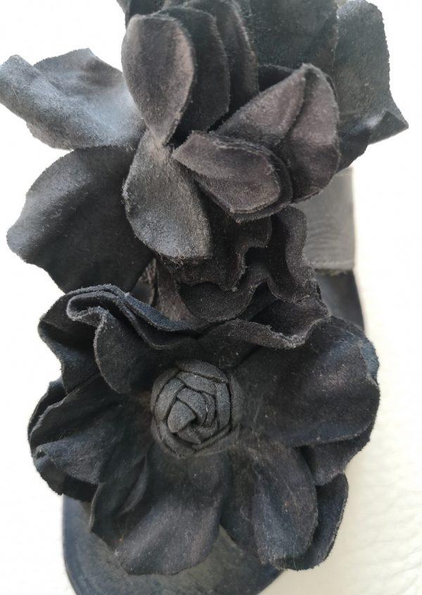 Neosens sandaler med store blomster
