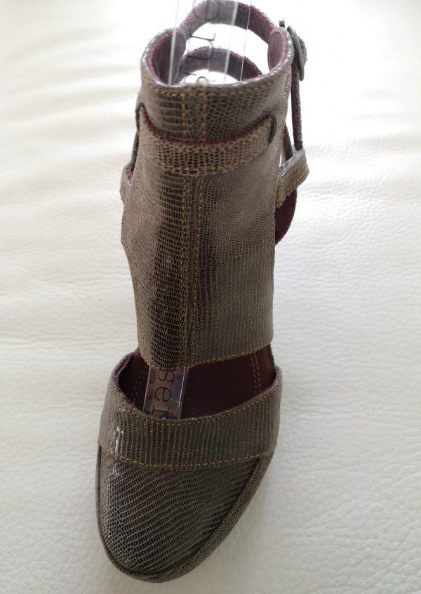 Brune Neosens heels i reptilskind