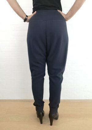 Blå hængerøvs bukser med jersey